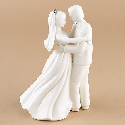 Elegant Couple Figurine Cake Top