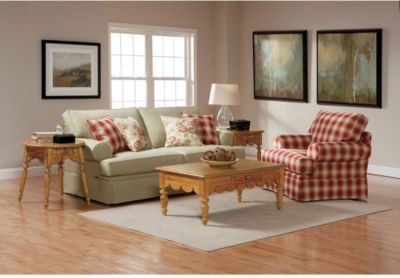 Broyhill Emily 2 Piece Sofa and Chair Set