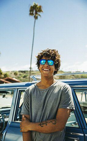 Guy with Sandbank sunglasses