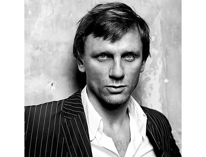 Daniel Craig 33x43 Frame Photo, , large