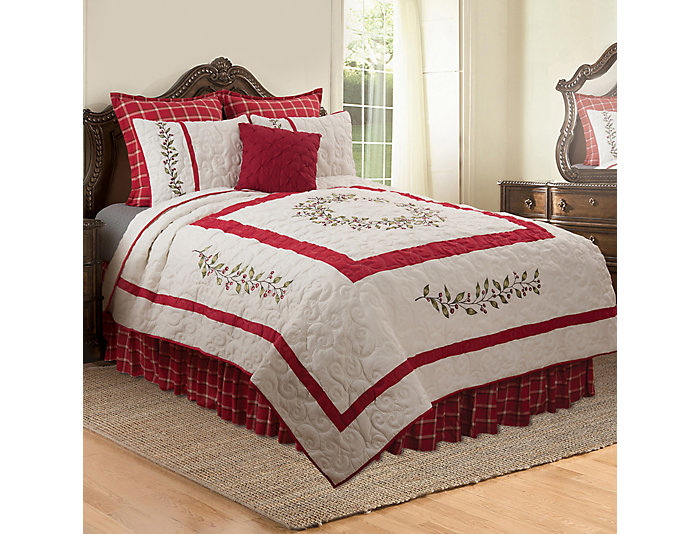 Berry Garland King Quilt Set, , large