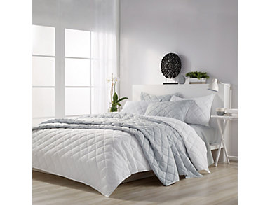 Solid Mosaic White Full/Queen 3 Piece Quilt Set, , large
