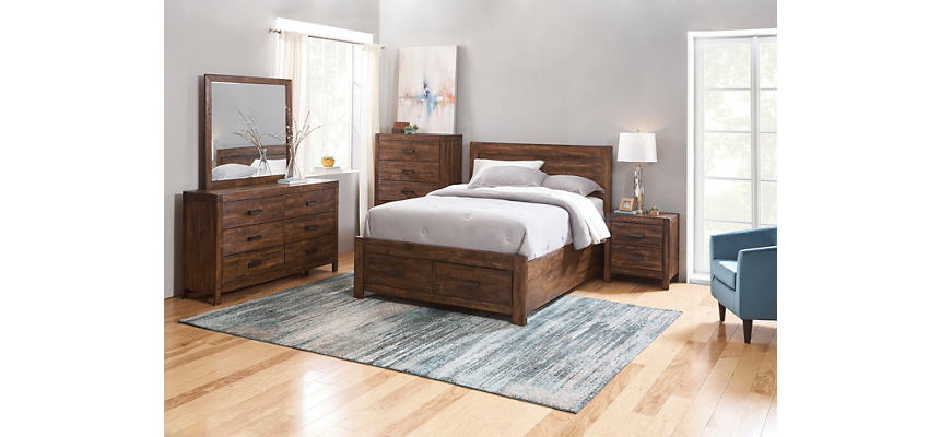 Warner Chestnut Queen Bedroom Set
