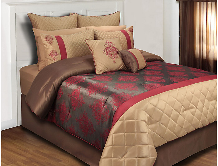 Marcourt 8 Piece King Comforter | Art Van