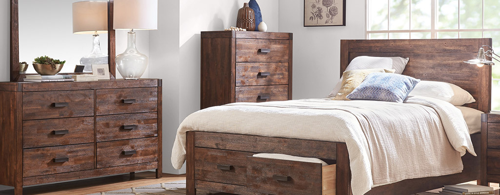 Warner Bedroom Collection at Outlet at Art Van