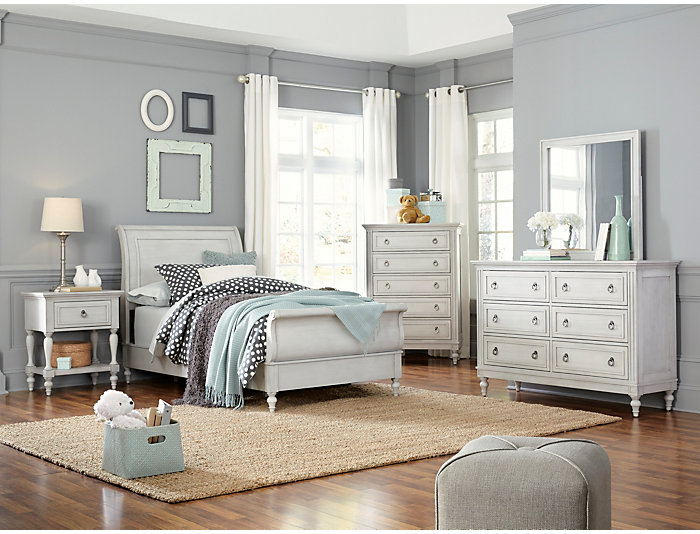 Sarah 4 Piece Full Bedroom Set, Rustic White