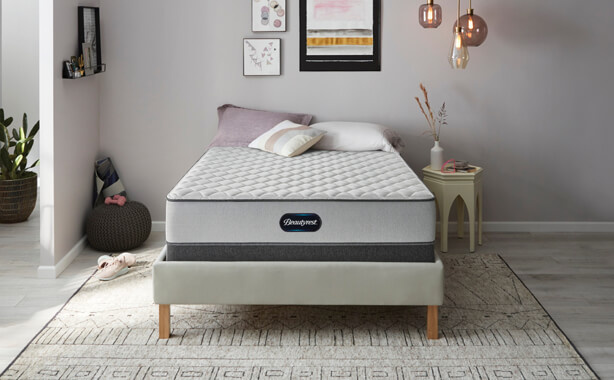 Beautyest Queen 800 Medium Mattress