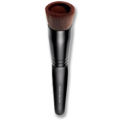 thumbnail imagePerfecting Face Foundation Brush