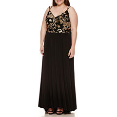 Social Code Sleeveless Sequin Evening Gown-Juniors Plus