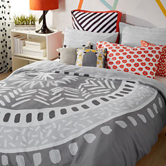 Scribble Medallion Duvet Cover Set