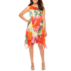 Robbie Bee Sleeveless Floral Shift Dress