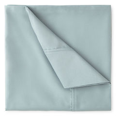 Studio™ 550tc UltraFit Solid  Performance Sheet Sets and Pillowcases