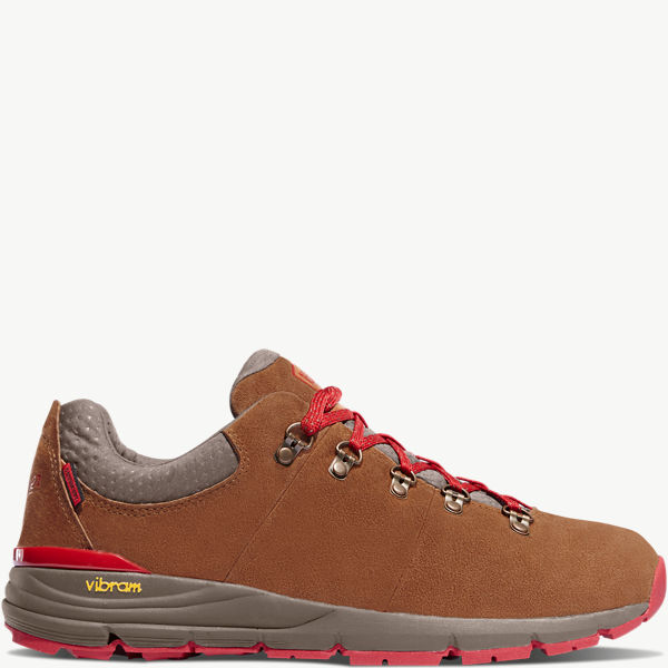 "Mountain 600 Low 3"" Brown/Red"