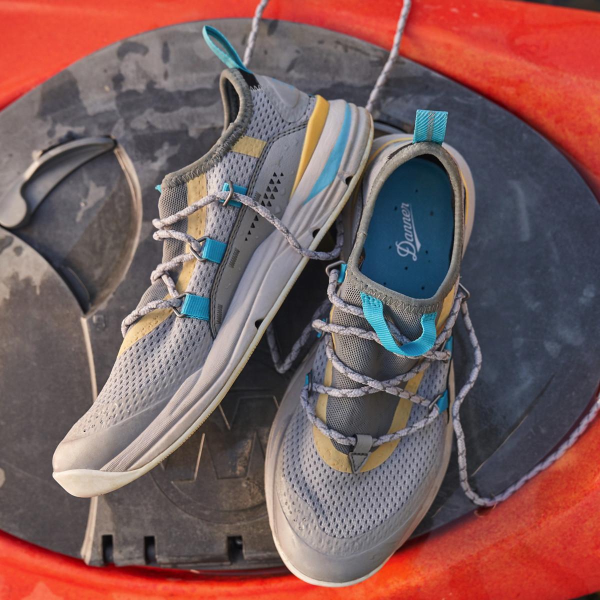 Wild Dove//Bright Blue Danner Women/'s Rivercomber Trail Shoes 63302