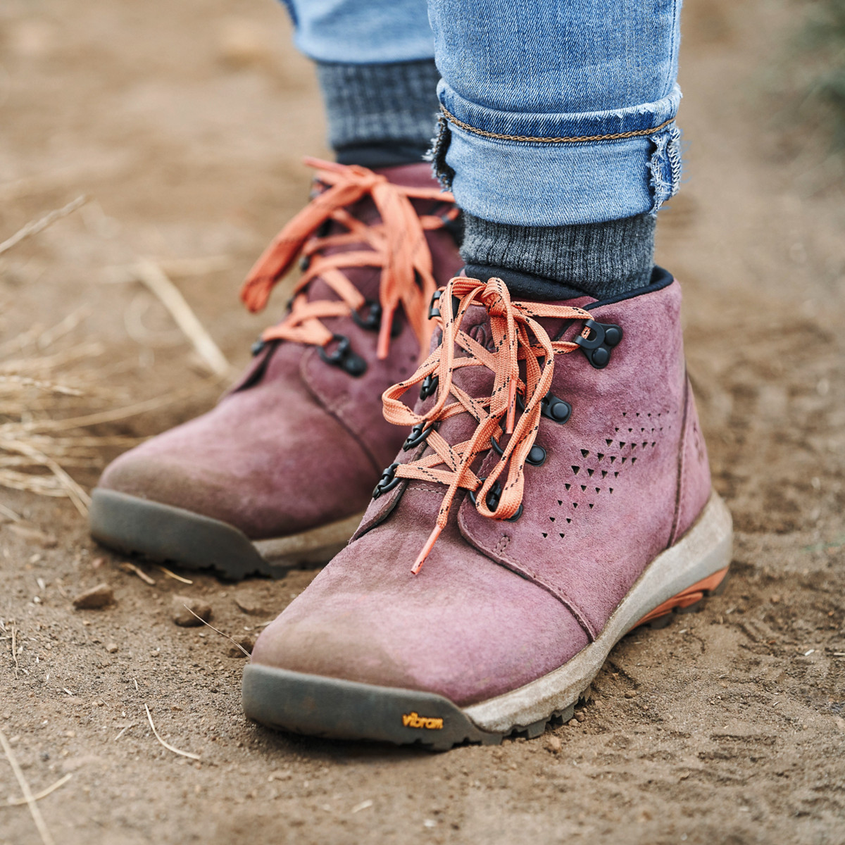 "Women's Inquire Chukka 4"" Mauve/Salmon"