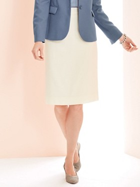 Seasonless Wool Pencil Skirt