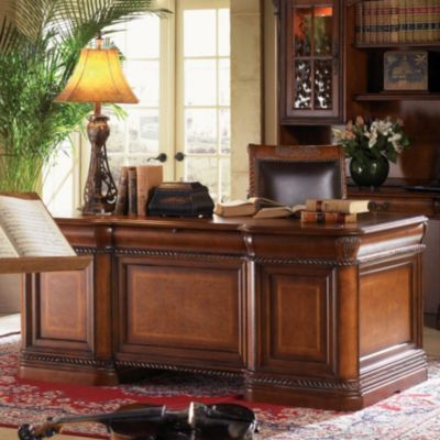 aspenhome Napa Executive Desk