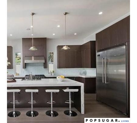 ariel winters buys modern home with viking appliances - viking