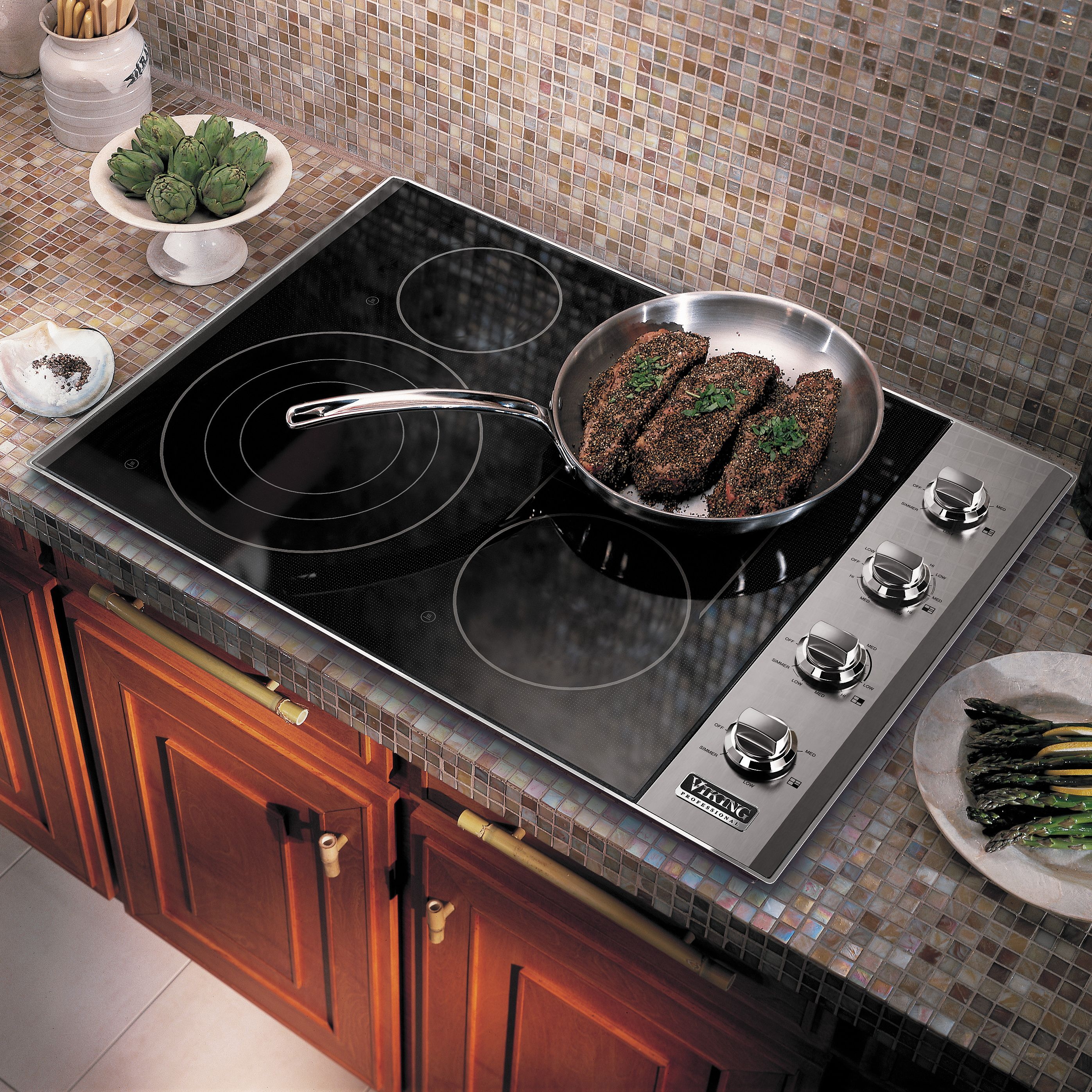 Gas And Electric Cooktops