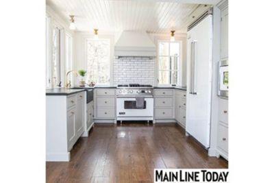 Amazing White Viking Appliances Match The Countertop Of This Farmhouse Style Kitchen .