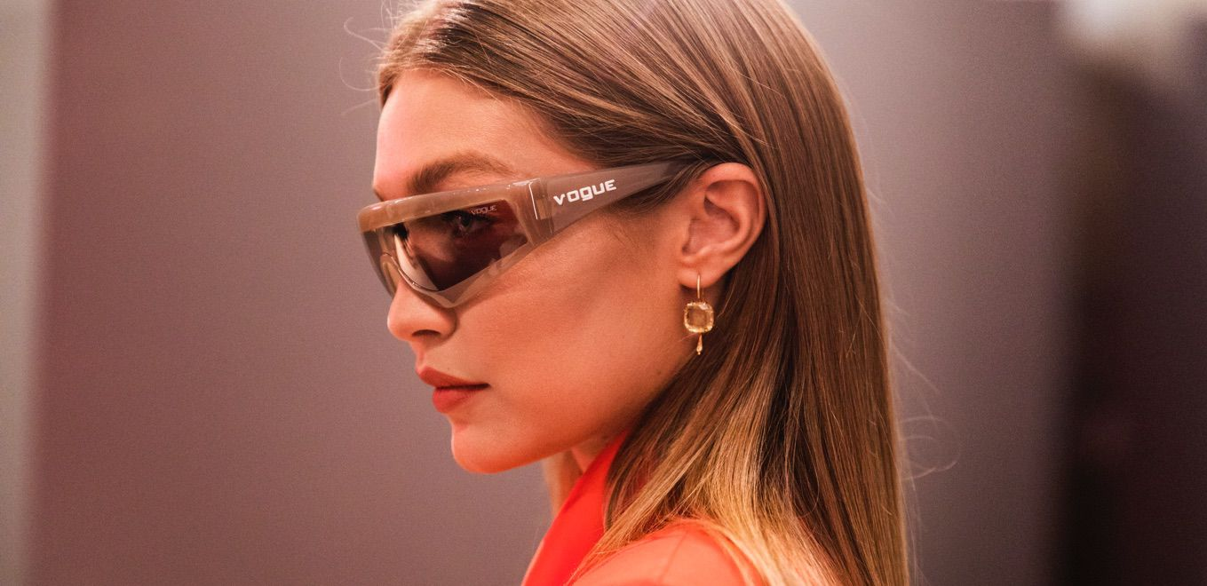 Discover the MAKING OF - Gigi Hadid x Vogue Eyewear 2019 Collection and  shop the newest, trendiest frames. 6f87dde782