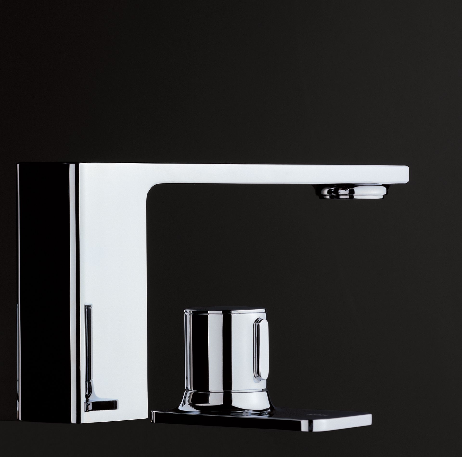 Kiwami® Renesse® Deck-Mount Faucet - TotoUSA.com