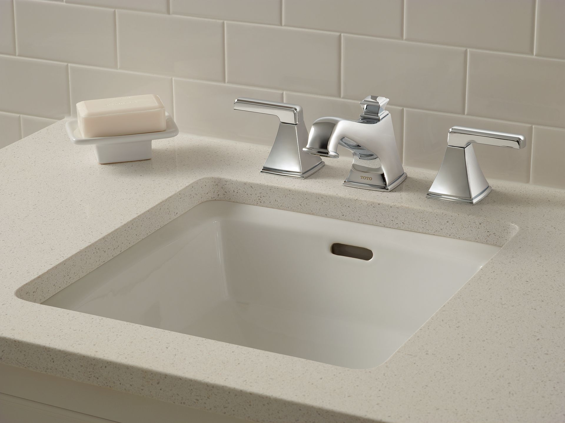 Connelly™ Widespread Lavatory Faucet - TotoUSA.com